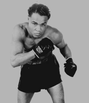 henry armstrong Henry jackson jr (december 12, 1912 – october 24, 1988) was an american  professional boxer and a world boxing champion who fought under the name.
